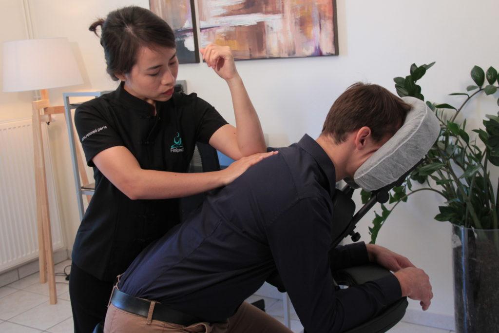 Photo de Massages en entreprise dos sur chaise - Relaxed